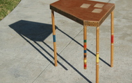<p><strong>CROQUET LEG END TABLE</strong></p>